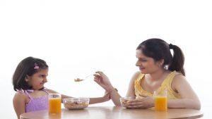 اشتباه تغذیه والدین کودک